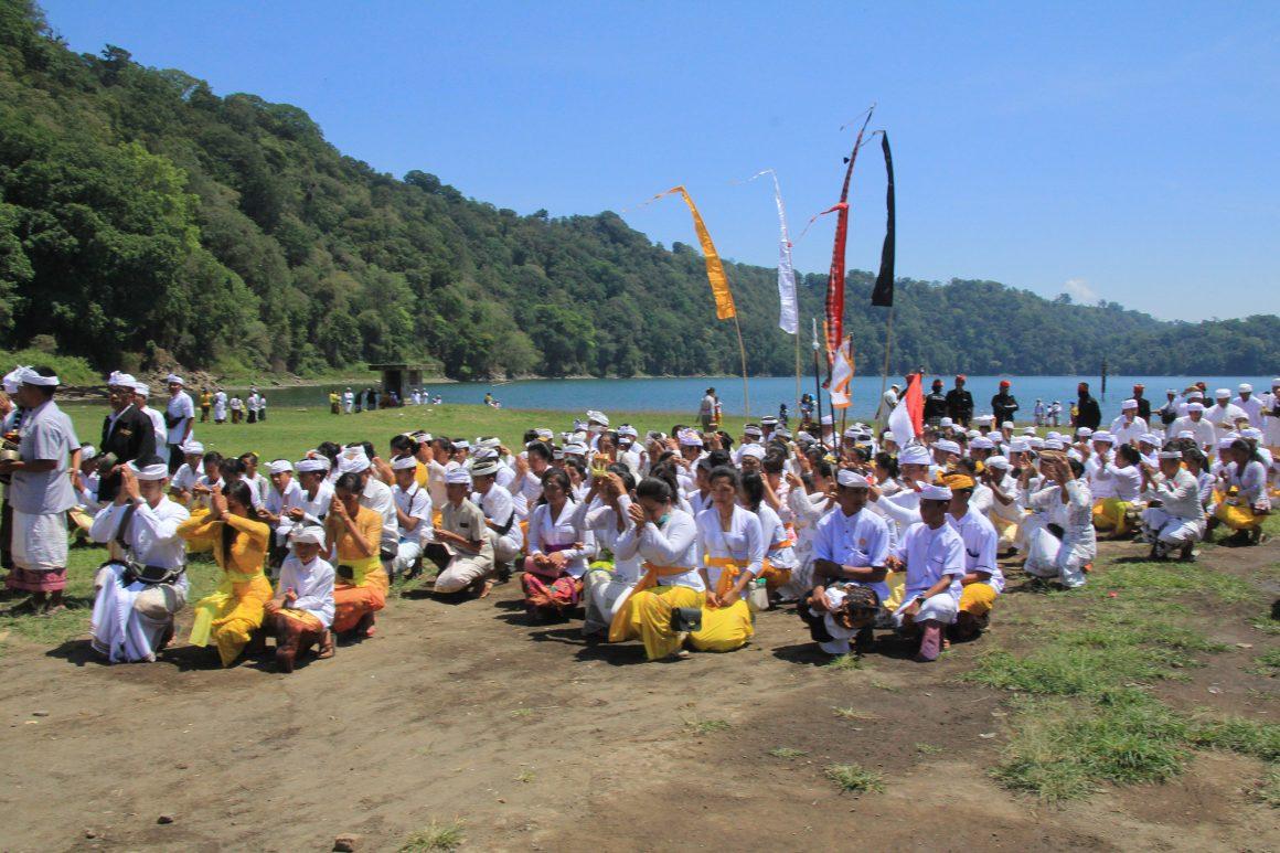 Memuliakan Kembali Alas Mertajati Tamblingan: Pengembangan Hutan Adat Dalem Tamblingan Catur Desa Buleleng – Bali sebagai Pusat Belajar Hutan Lestari Berbasis Tradisi