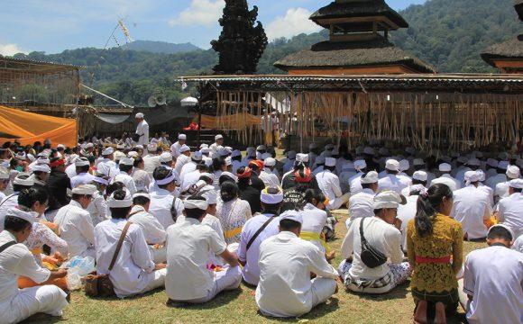 Forth Full Moon Ceremony in Tamblingan