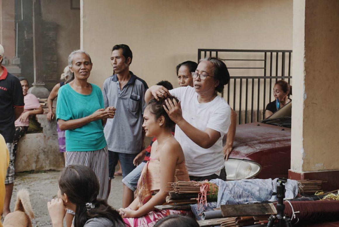 Mengikat Serat-serat Kehidupan: Riset dan Pendokumentasian Tenun Ikat sebagai Upaya Mengembalikan Pola Sandang Bali Tua